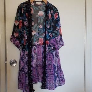 Cute flowy Kimono